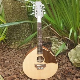 TRAD ROYALE MANDOLIN – Spruce top