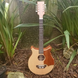CROWN ROYALE JUMBO BARITONE 8 STRING UKULELE – Spruce Top