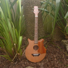 CROWN ROYALE JUMBO BARITONE UKULELE – Sapele with Cedar Top