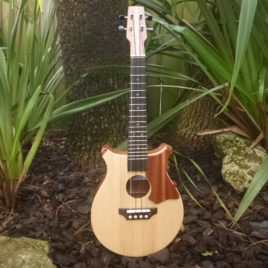 CROWN ROYALE CONCERT UKULELE – Sapele with Sitka Spruce top