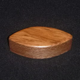 SHAKER – OVAL (100x50mm) – NZ NATIVE TIMBERS – Rewarewa & Rimu