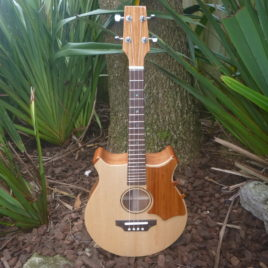 CROWN ROYALE JUMBO TENOR UKULELE –  Pacific Rosewood with Spruce Top